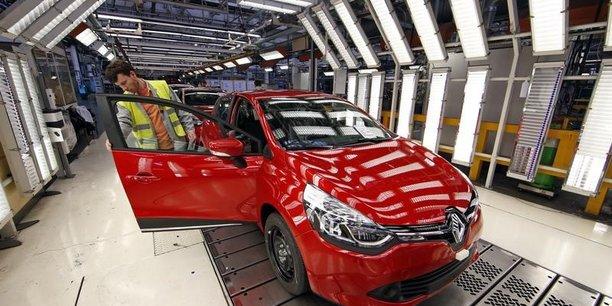 Renault: ca en baisse de 4,8% au 1er trimestre avec les volumes, le diesel et les changes[reuters.com]