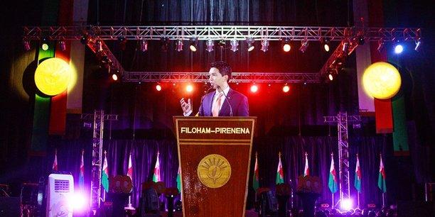 C'est devant plus de 60 000 personnes au Palais des sports de Mahamasina que le président TGV a présenté le bilan de ses 100 premiers jours et a fait de nouvelles annonces.