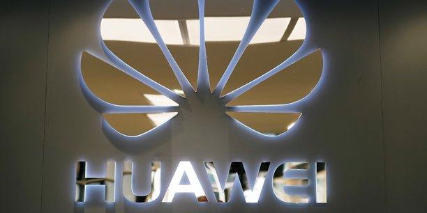L'ambassadeur chinois au Royaume-Uni, Liu Xiaoming, a pris la parole pour défendre Huawei. Dans une tribune publiée dans The Sunday Telegraph, il a encouragé Londres à « prendre une décision importante, fondée sur ses intérêts nationaux ».