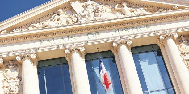 D'après le ministère de la Justice, en 2017, les délais pour obtenir une décision de justice allaient de 5,7 à 12,7 mois selon la juridiction.