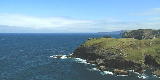 La partie sud de l'île sera ainsi pour la première fois reliée à l'Europe continentale.