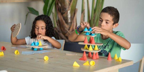 Oppi obtient trois trophées au Concours Lépine pour son jeu Piks destiné à stimuler l'attention des enfants
