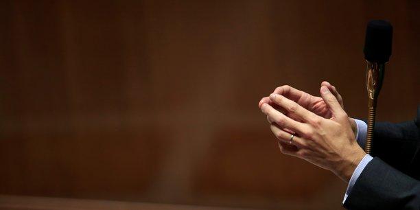 La reforme de la fonction publique debattue a l'assemblee[reuters.com]
