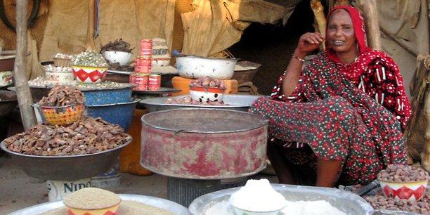 Un marché traditionnel à Kalait,entre les villes d'Abéché (deuxième ville du pays) et Fada au nord-est du Tchad.