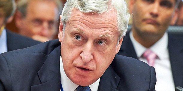 Pierre Vimont, chercheur associé à la fondation Carnegie Europe, de l'ONG Leaders pour la paix, a occupé notamment les poste d'ambassadeur de France à Bruxelles (1999-2002), d'ambassadeur de France aux États-Unis (2007-2010) et de secrétaire général exécutif du Service européen pour l'action extérieure (2010-2015).