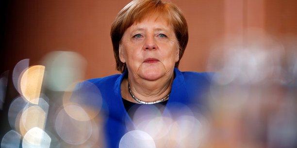 Merkel evoque des debats intenses et des differences de mentalite avec macron[reuters.com]