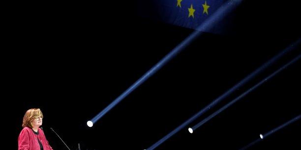 Europeennes: loiseau veut lutter contre l'immigration illegale, bardella attaque frontex[reuters.com]