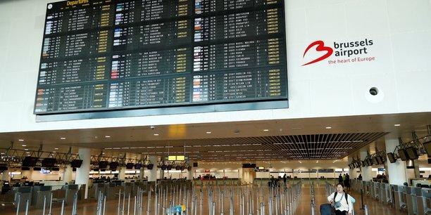L'espace aerien belge ferme en raison d'une greve des controleurs[reuters.com]