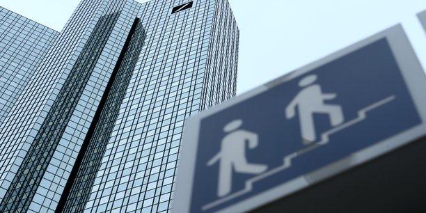 Deutsche bank: la banque d'investissement sous pression avant l'assemblee generale[reuters.com]