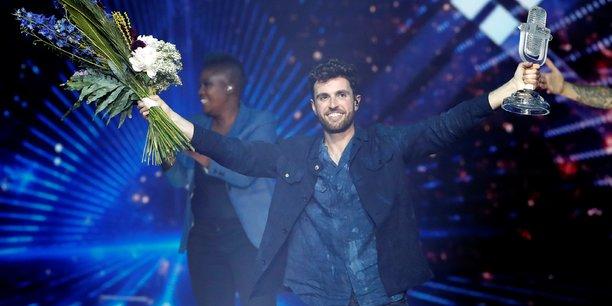 Les pays-bas remportent l'eurovision, la france quatorzieme[reuters.com]