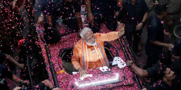 Inde: l'alliance de modi obtiendrait la majorite, selon des estimations[reuters.com]