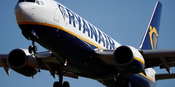 Ryanair a degage son plus faible benefice annuel en quatre ans[reuters.com]