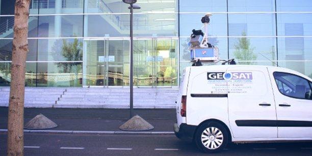 Geosat utilise un matériel de pointe doté de deux scanners et d'un ensemble d'appareils de mesure de dernière génération pour une précision centimétrique.