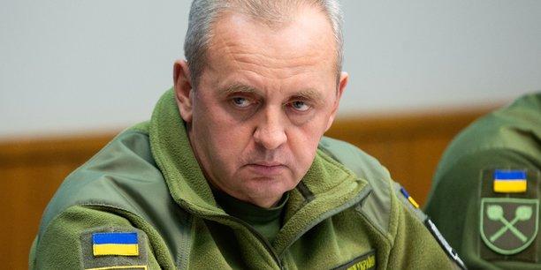 Le nouveau president ukrainien evince le chef de l'armee[reuters.com]