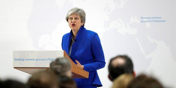 Brexit: may offre un nouveau compromis pour sortir de l'impasse[reuters.com]