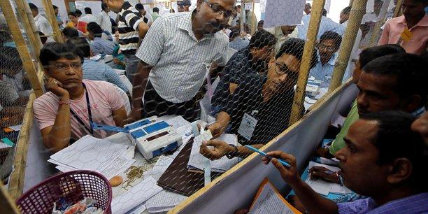 Debut du depouillement en inde apres les legislatives[reuters.com]