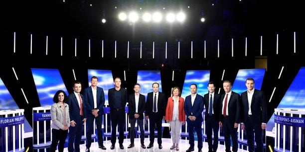 Les candidats s'adressent aux jeunes tentes par l'abstention[reuters.com]