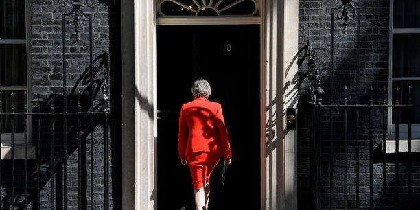 May demissionne, turbulences en vue avec l'ue sur le brexit[reuters.com]