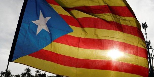 Espagne: la chambre des deputes suspend quatre elus catalans emprisonnes[reuters.com]