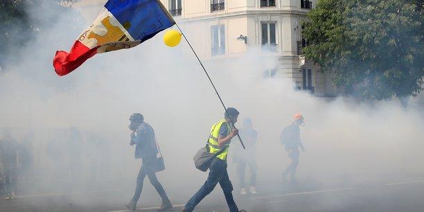 Faible mobilisation des gilets jaunes a la veille des elections[reuters.com]