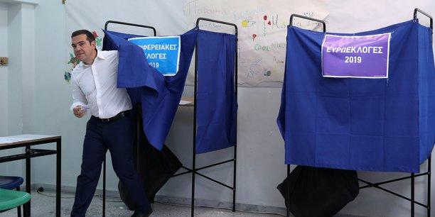La droite en tete en grece devant syriza[reuters.com]