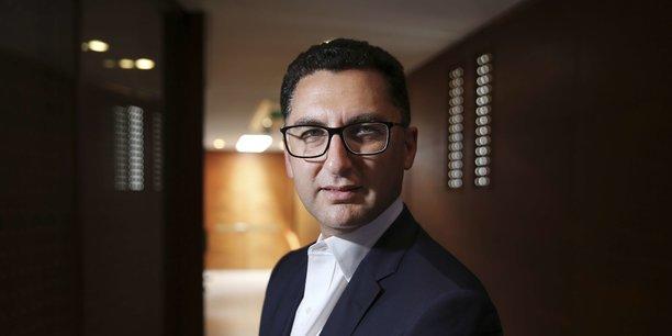 Nous sommes très fiers d'annoncer le plus gros projet d'acquisition du groupe Canal+ à l'international, a tweeté Maxime Saada, le patron de Canal+.