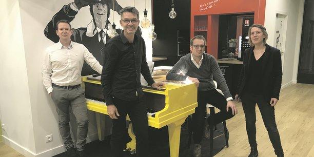 Vincent Roux (O°code), Dominique Chabot et Jean-Baptiste Pondevy (SafeThing) et Alice Calvez-Pignot, investisseuse.