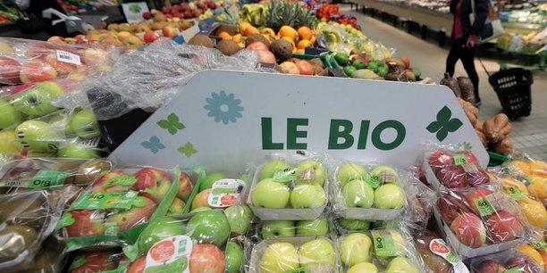 Pommes de terre, tomates et pommes, le  trio de tête des sur-marges les plus importantes entre produits bio et conventionnels/