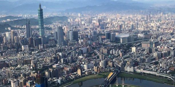 Une autre Chine, très occidentalisée. Autant il est difficile pour les étrangers de se lancer dans la Chine continentale, autant les liens de Taïwan avec l'Occident sont nombreux.