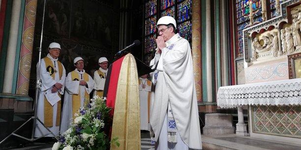 Messe de l'esperance a notre-dame, deux mois apres l'incendie[reuters.com]