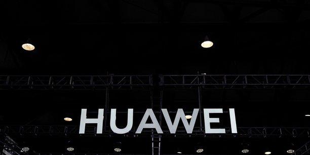 Huawei se prepare a un recul de ses livraisons de smartphones a l'etranger[reuters.com]