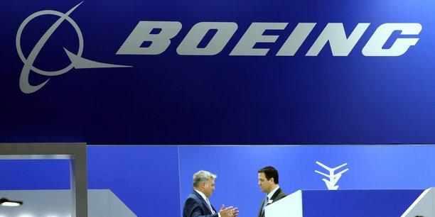 Boeing releve de 3% sa prevision de marche sur 20 ans[reuters.com]
