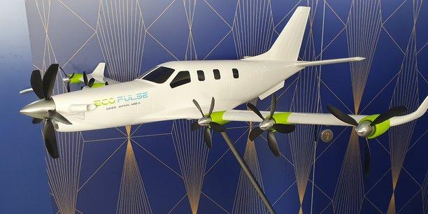 À l'instar du démonstrateur Éco-Pulse, élaboré par trois acteurs industriels dont Daher, ce dernier et l'ISAE-Supaero veulent mettre aussi au point un modèle d'avion hybride.