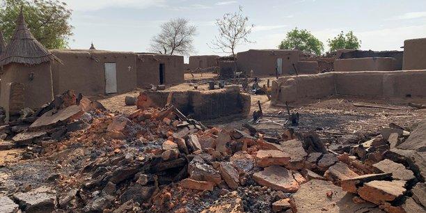 Nouveau massacre au centre du mali, 41 morts dans deux villages[reuters.com]