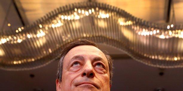 Draghi (bce) prend le risque de lier les mains de son successeur[reuters.com]