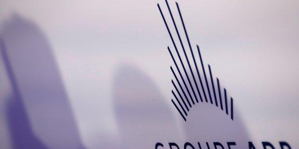 France: droite et gauche ensemble en meeting contre la privatisation d'adp[reuters.com]