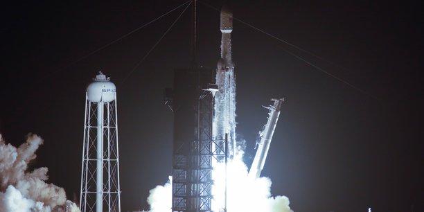 Une fusee spacex decolle de floride avec 24 satellites[reuters.com]