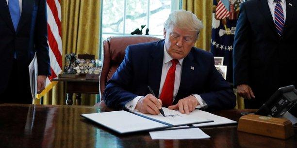 Trump inflige de lourdes sanctions à l'Iran : le Guide suprême directement visé