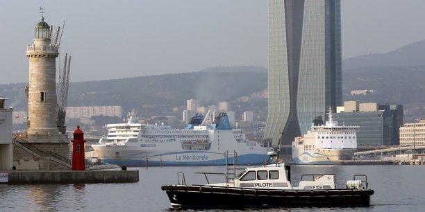Ghali veut interdire les navires de croisiere a marseille durant la pollution[reuters.com]