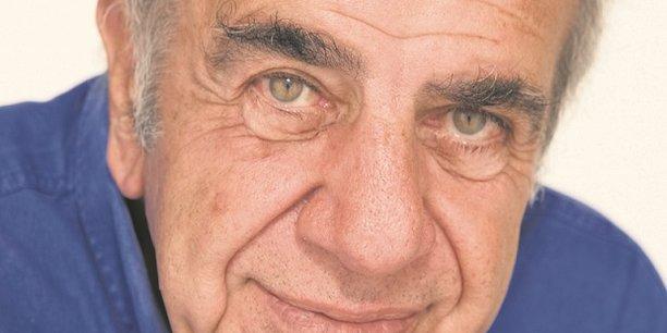 Roland Castro.