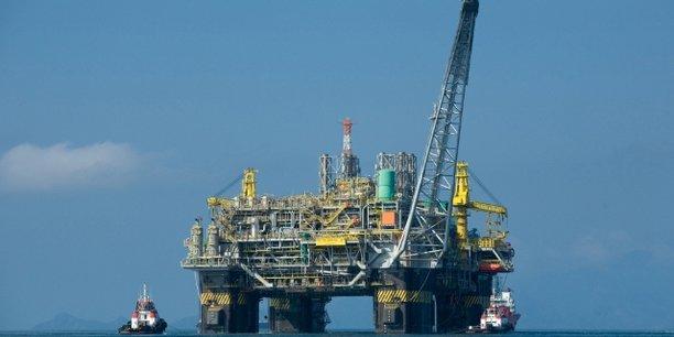 Le champ GTA, au large de Saint-Louis, à cheval sur la frontière sénégalo-mauritanienne, contiendrait entre 15 et 50 trillions de pieds cubes (tcf) de gaz naturel.