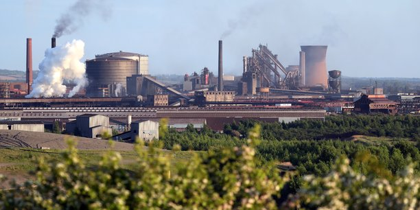 Une poignee seulement d'offres attendues pour british steel[reuters.com]