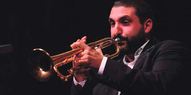 De nombreux artistes de renommée internationale se produisent à Marciac, tel le trompettiste Ibrahim Maalouf en 2018.