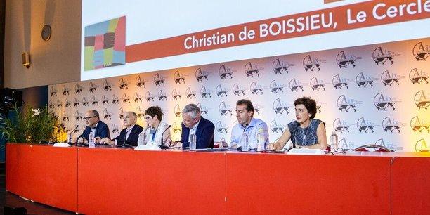 Débat sur la politique européenne avec Pierre-André de CHALENDAR (Saint Gobain), Guillaume FAURY (Airbus), Annegret KRAMP-KARRENBAUER (CDU) et Bruno LE MAIRE (ministre des Finances)