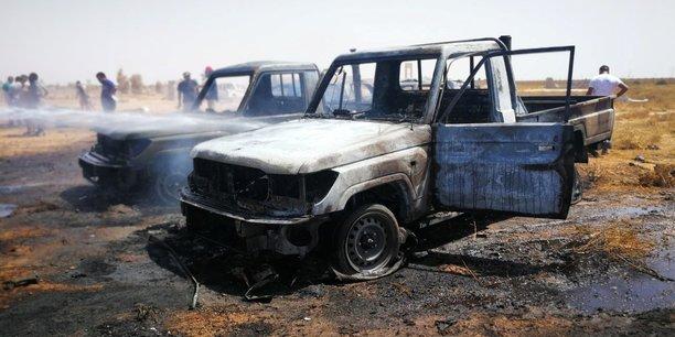Libye: trois morts dans un attentat a la voiture piegee a benghazi[reuters.com]