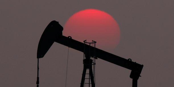 L'aie prevoit une offre petroliere excedentaire en 2019[reuters.com]