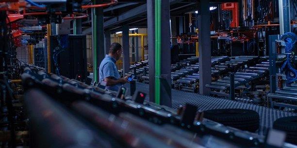 En Algérie, la nouvelle usine de pneumatiques Iris Tyres aura, dans une première phase, une capacité de production de 2 millions d'unités par an.
