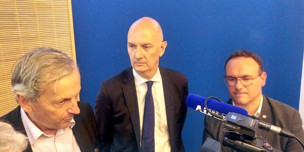 Les députés Jean-Dominique Cazeneuve, Roland Lescure et Damien Abad, membres de la mission parlementaire sur l'impact économique des Gilets jaunes, lundi 15 juillet 2019, à Bordeaux.