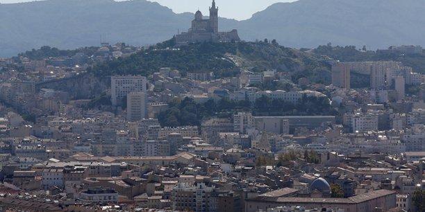 Un deuxieme candidat pour l'investiture larem a marseille[reuters.com]
