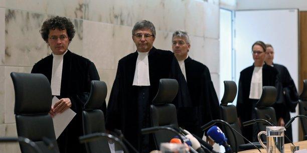 L'etat neerlandais en partie responsable du massacre de srebrenica[reuters.com]